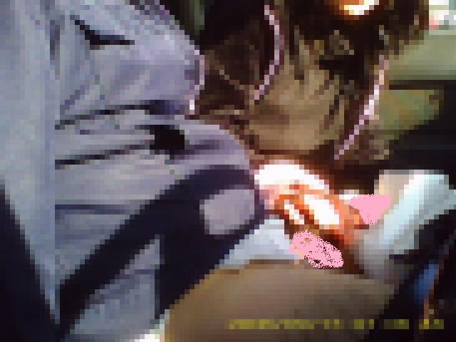 20歳のJDの生乳をモミモミしたあとに手コキをさせて、こっそり撮影!?