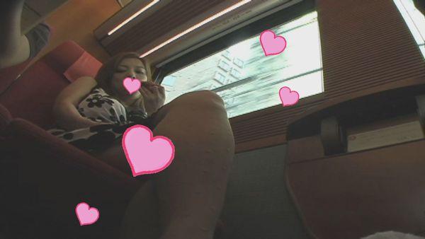 Gカップ美熟妻(39)寝とられ羞恥旅電車で初羞恥恥辱B100おっぱいぶるんぶるん