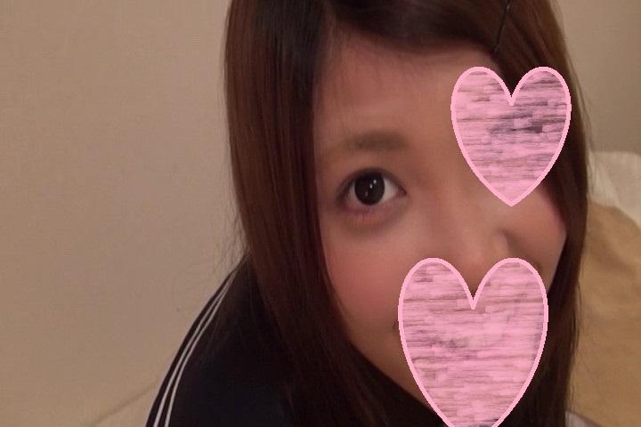 久しぶりの制服に照れた笑顔が可愛い童顔パイパン少女みおちゃん19歳☆制服姿でガチハメ撮りセックス!声かわいい☆