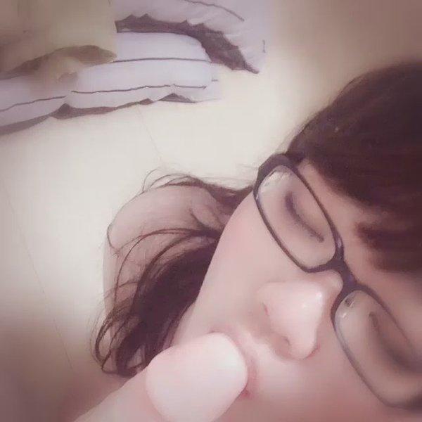 【無・個人撮影】巨乳人妻京子が嵌めてほしくて自撮りで動画を送ってきた!エロイ乳と体してるなぁ!