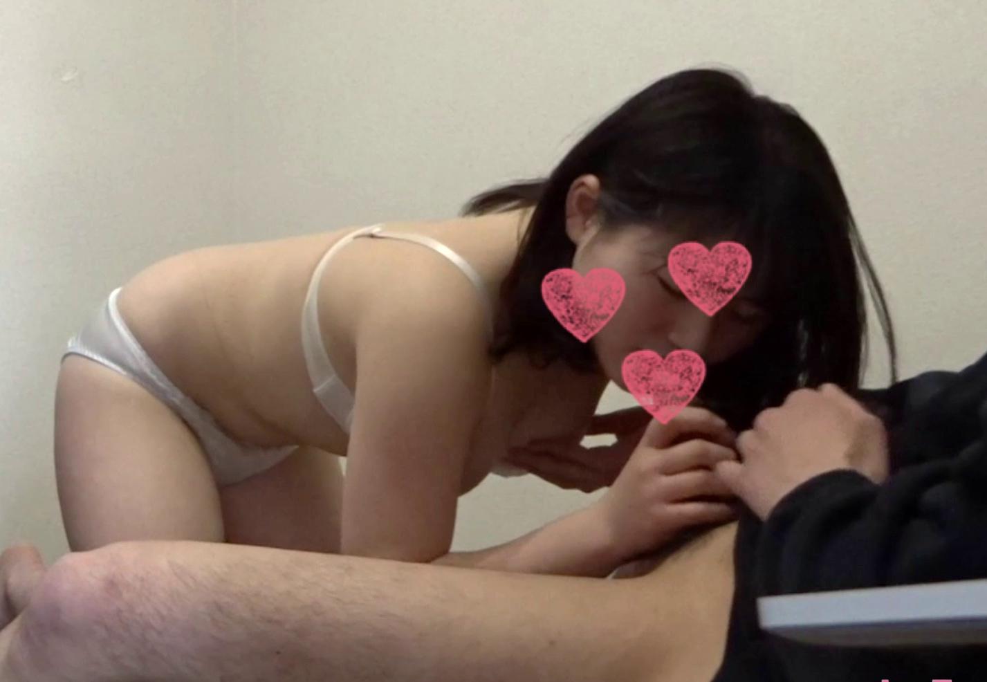 【個人撮影】新社会人 22歳 mokoちゃん フェラ抜き 手コキ 顔出し