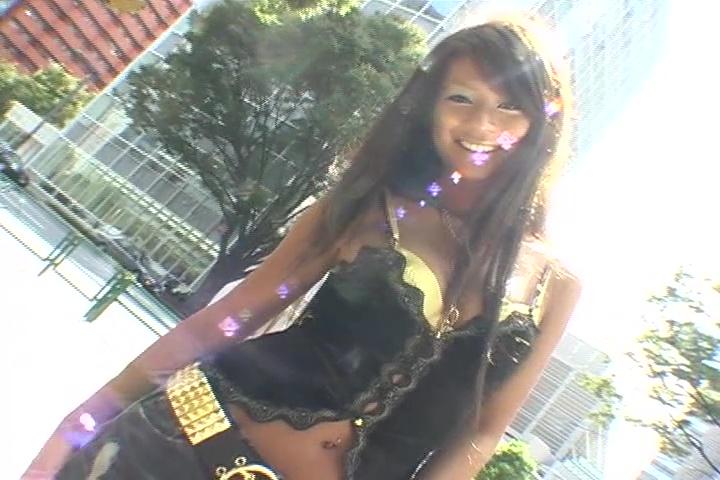 黒ギャルあいちゃん モデルでセクシーな体型