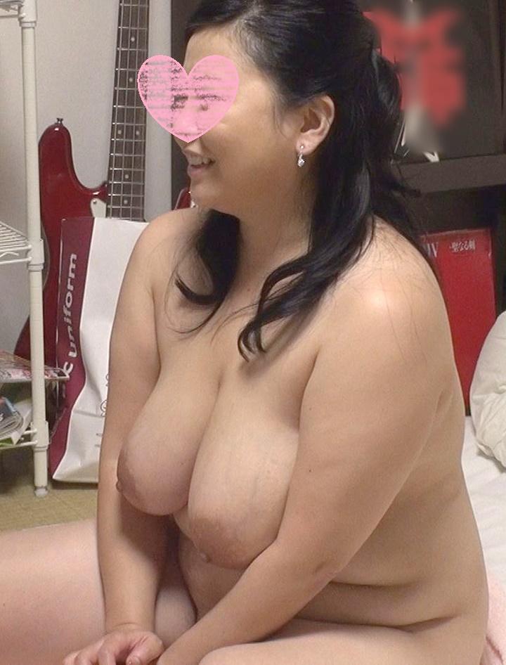 熟女デリヘル嬢 (1).jpg