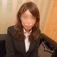 【無修正x個人撮影】人の奥さん愛奴2号仕事中に呼び出し中出し接待。